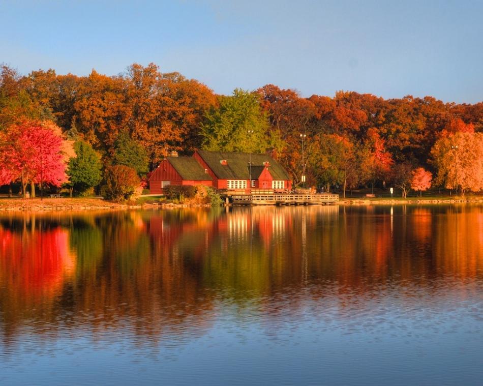 lake ellyn boathouse
