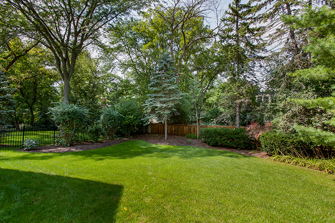 792 Lenox Road Glen Ellyn back yard